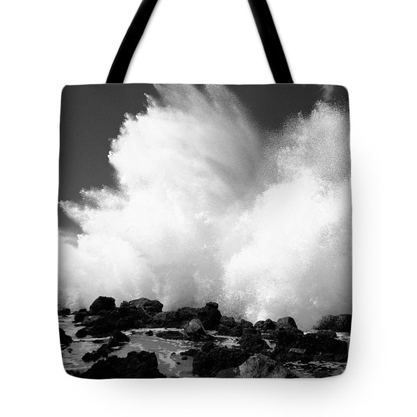 Crashing Wave - Bw Tote Bag by Dana Edmunds - Printscapes