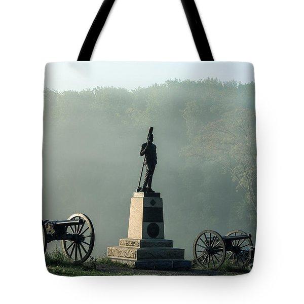 Devil's Den Monument At Gettysburg Tote Bag by John Greim