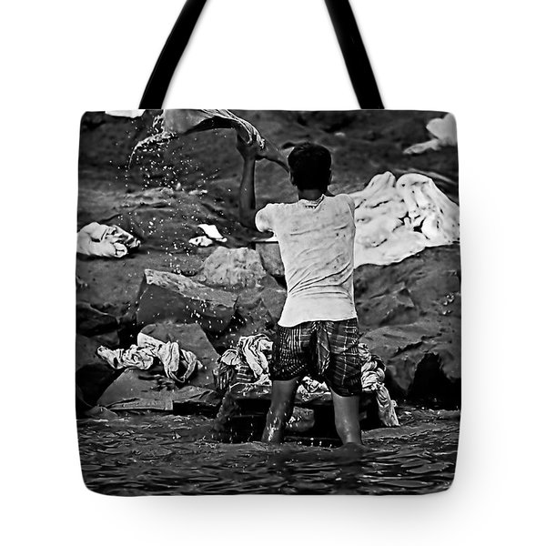 Dhobi Wallah Bw Tote Bag by Steve Harrington