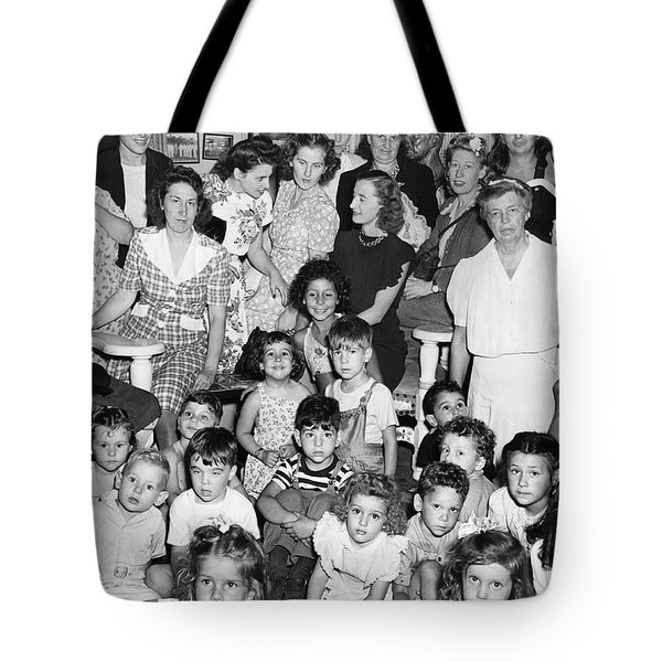 Eleanor Roosevelt And Children Tote Bag by Underwood Archives