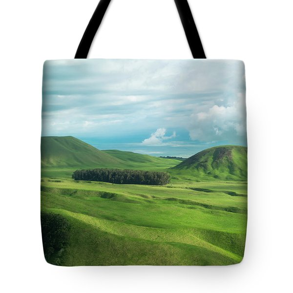 Green Hills On The Big Island Of Hawaii Tote Bag by Larry Marshall