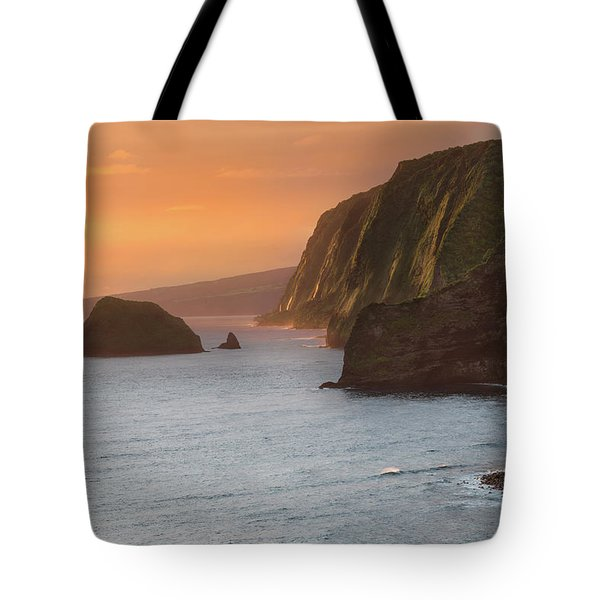 Hawaii Sunrise At The Pololu Valley Lookout 2 Tote Bag by Larry Marshall