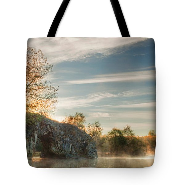 Hole In The Rock Tote Bag by Evgeni Dinev