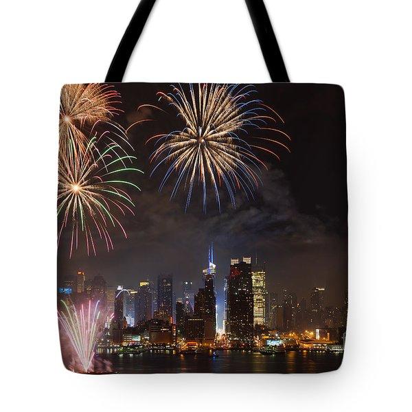 Hudson River Fireworks Iv Tote Bag by Clarence Holmes