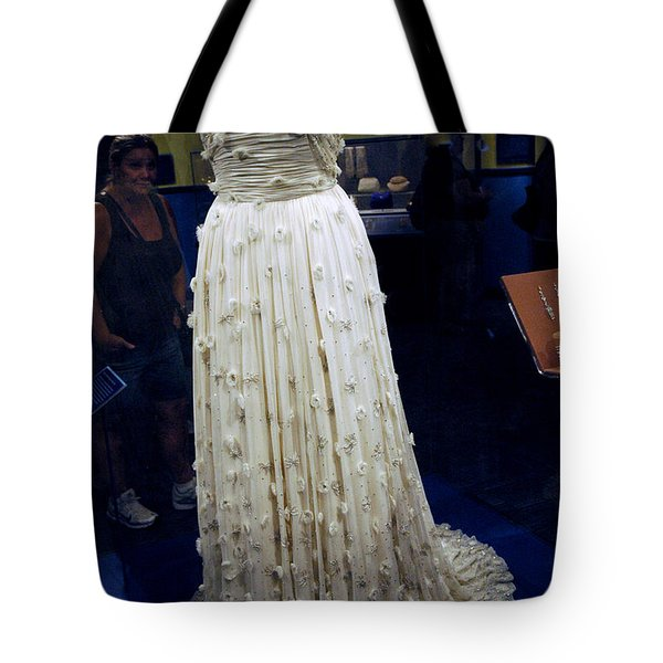 Inaugural gown on display Tote Bag by LeeAnn McLaneGoetz McLaneGoetzStudioLLCcom