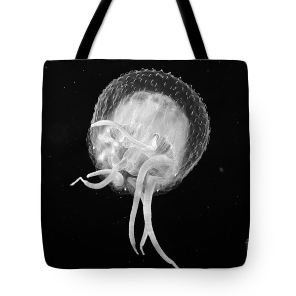 Jellyfish - Bw Tote Bag by Dave Fleetham - Printscapes