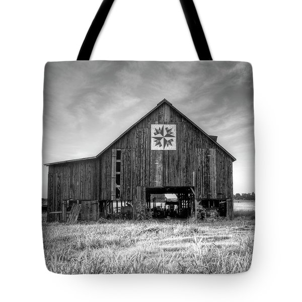 Kentucky Barn Tote Bag by Judith Pannozo