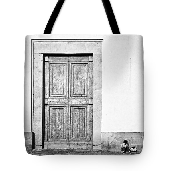 Land Of The Giants Tote Bag by Dave Bowman