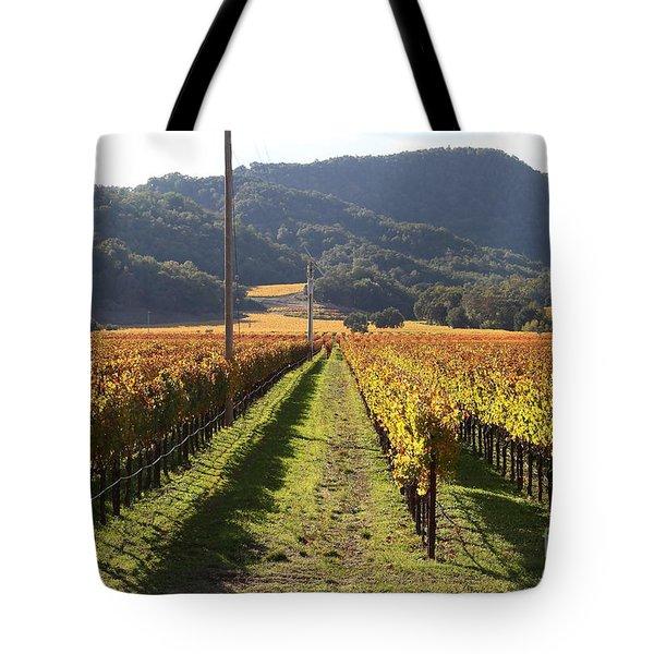 Napa Valley Vineyard . 7D9020 Tote Bag by Wingsdomain Art and Photography