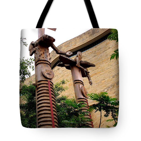 National Museum Of The American Indian 3 Tote Bag by Randall Weidner