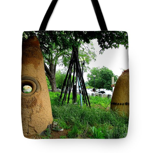 National Museum Of The American Indian 5 Tote Bag by Randall Weidner