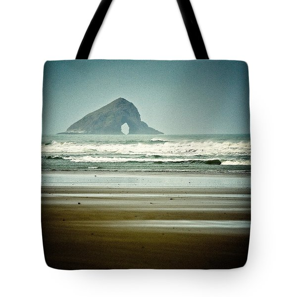Ninety Mile Beach Tote Bag by Dave Bowman