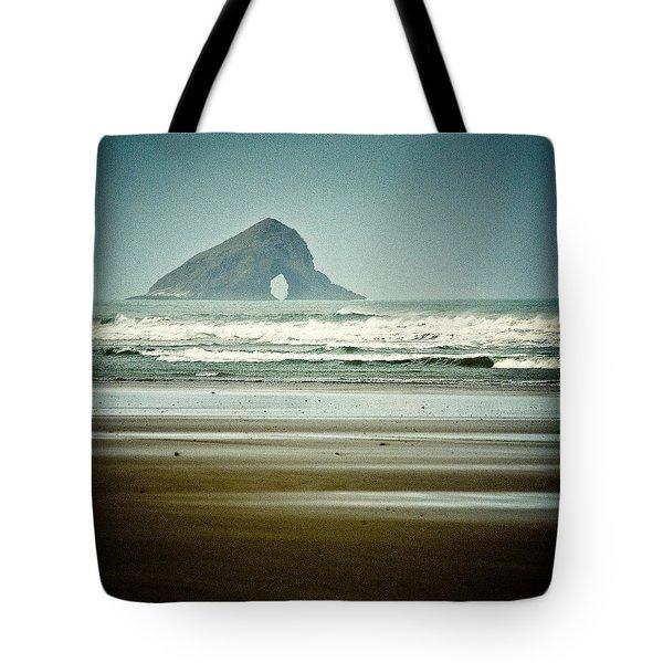 Ninety Mile Beach Tote Bag by Dave Bowman