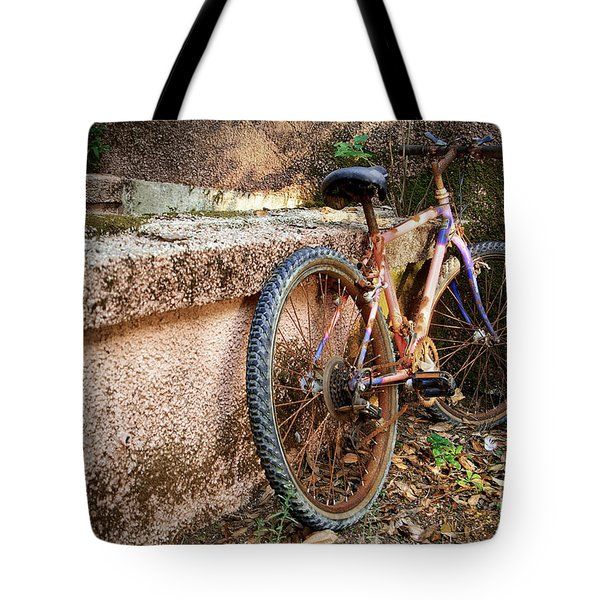 Old Bycicle Tote Bag by Carlos Caetano
