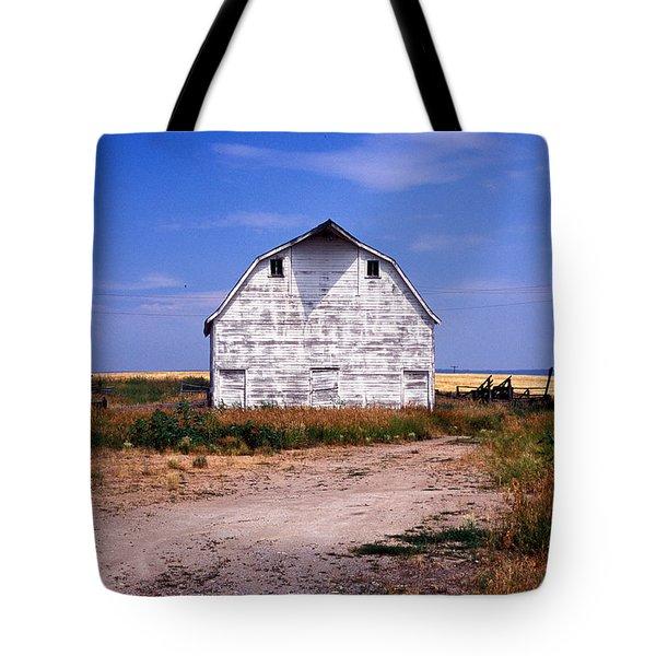 Old White Barn Tote Bag by Kathy Yates
