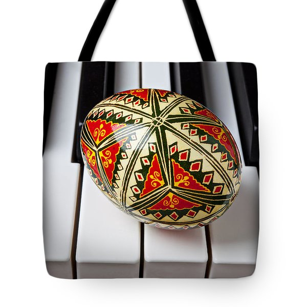 Painted Easter Egg On Piano Keys Tote Bag by Garry Gay