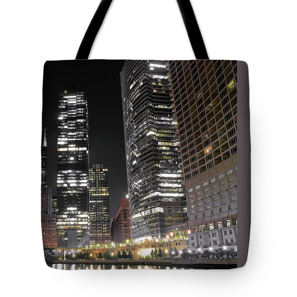 Panoramic Lakefront View In Chicago Tote Bag by Frozen in Time Fine Art Photography