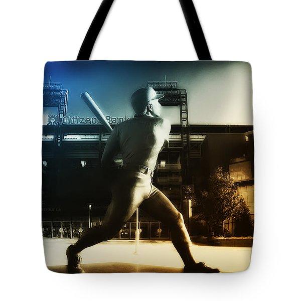 Philadelphia Phillie Mike Schmidt Tote Bag by Bill Cannon