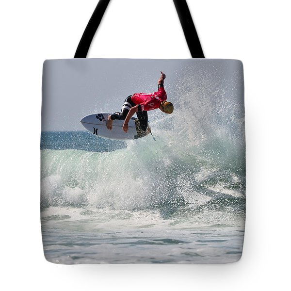 Tote Bag featuring the photograph Quiksilver Pro France II by Thierry Bouriat