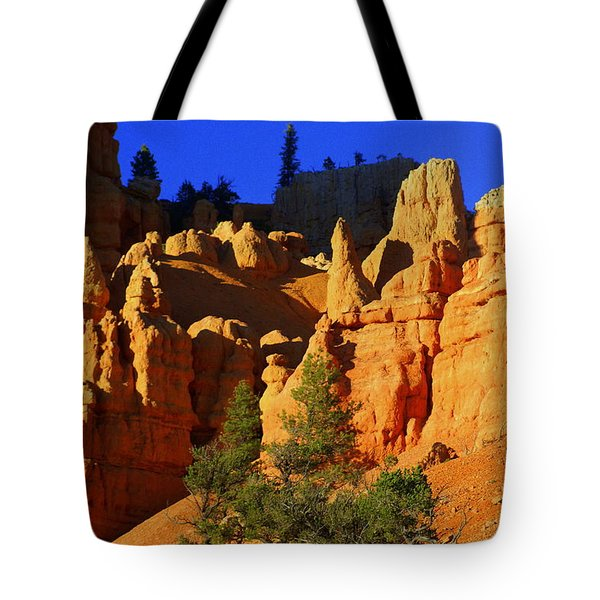 Red Rock Canoyon Moonrise Tote Bag by Marty Koch