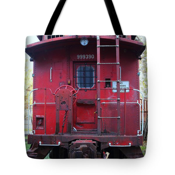 Red Sante Fe Caboose Train . 7D10476 Tote Bag by Wingsdomain Art and Photography