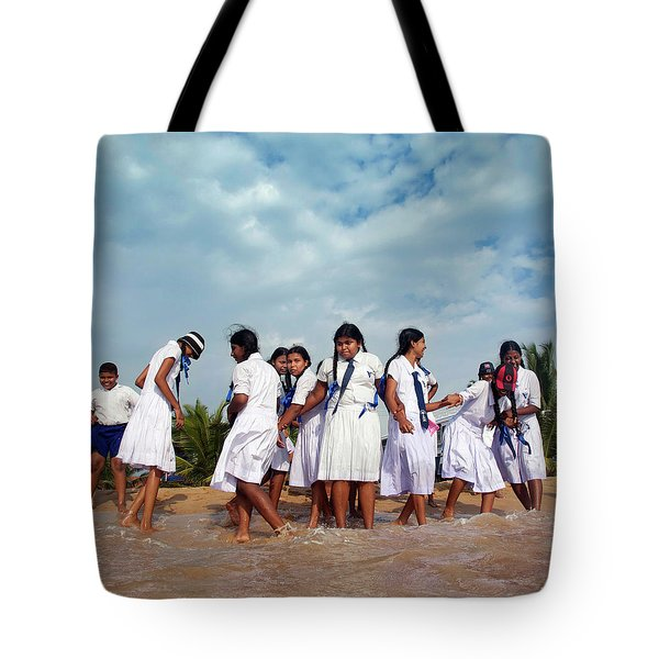 School Trip to Beach II Tote Bag by Rafa Rivas