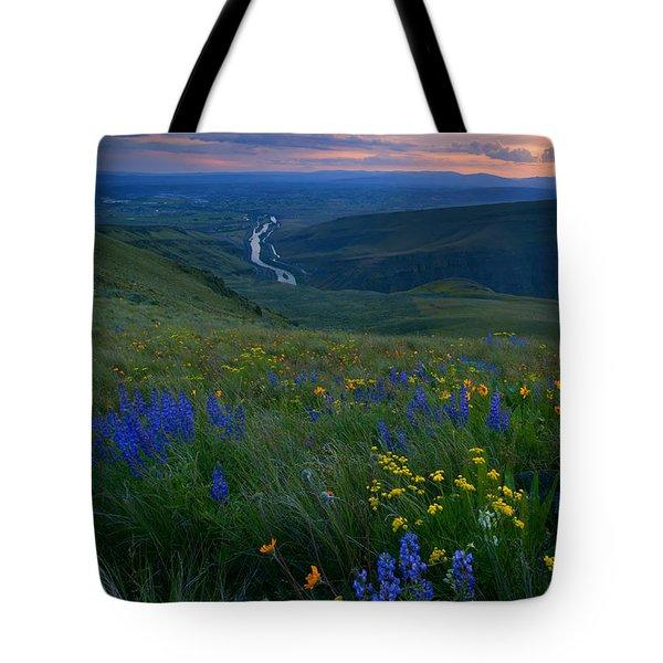 Selah Sunset Tote Bag by Mike  Dawson