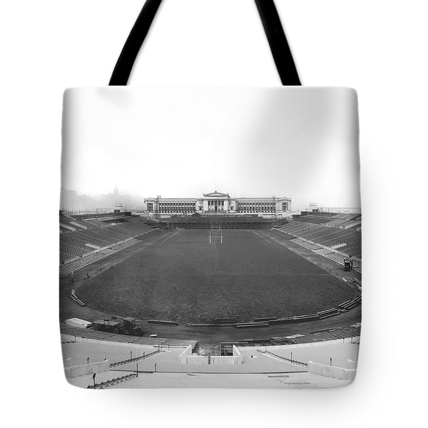 Soldier Field In Chicago Tote Bag by Underwood Archives