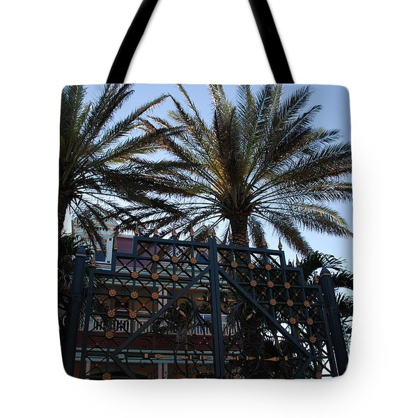 Southernmost Hotel Entrance In Key West Tote Bag by Susanne Van Hulst