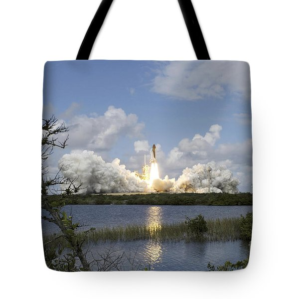 Space Shuttle Discovery Liftoff Tote Bag by Stocktrek Images