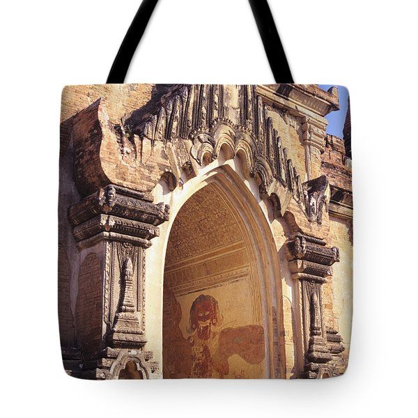 Sulamani Temple Tote Bag by Gloria & Richard Maschmeyer - Printscapes