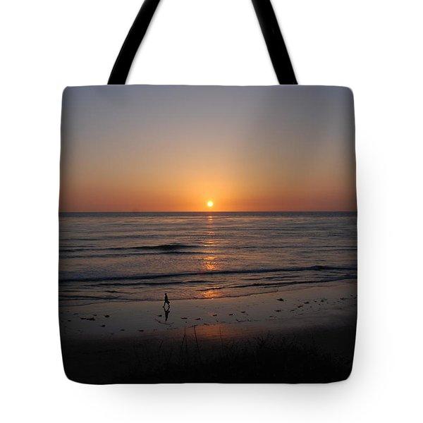 Sunset At Eljio Beach California Tote Bag by Susanne Van Hulst