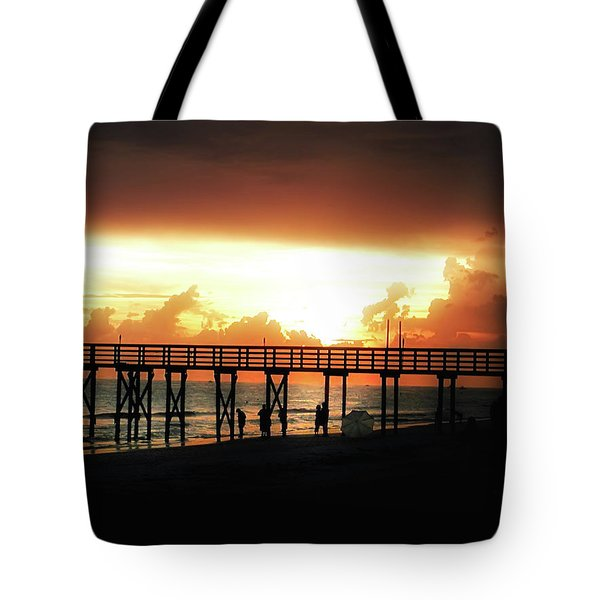 Sunset At The Pier Tote Bag by Bill Cannon