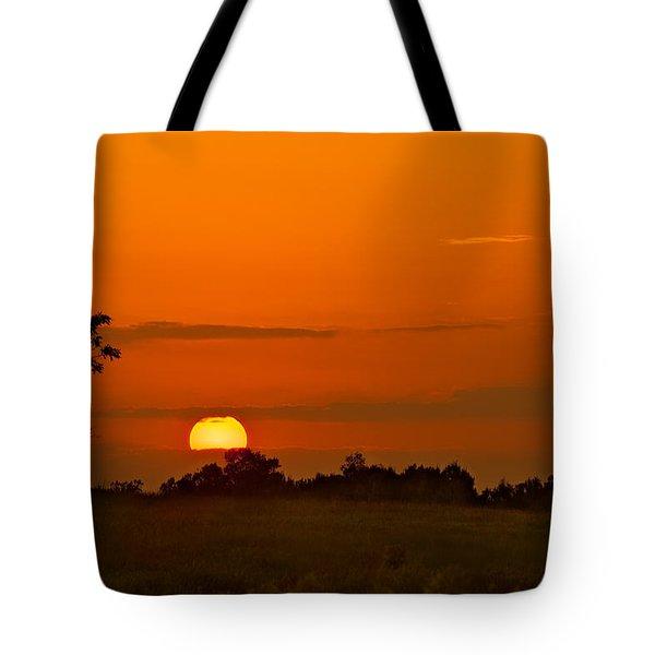 Sunset Over Horicon Marsh Tote Bag by Steve Gadomski