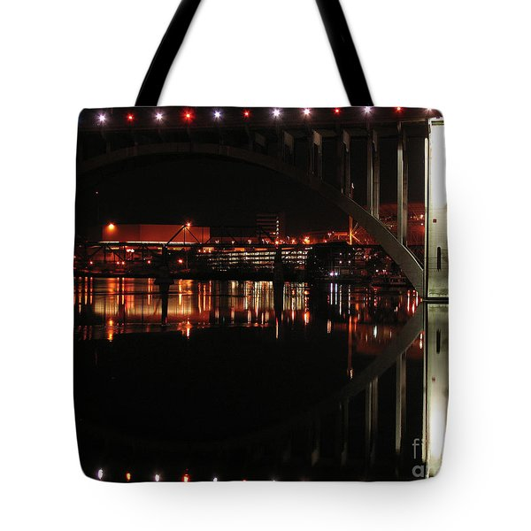 Tennessee River In Lights Tote Bag by Douglas Stucky