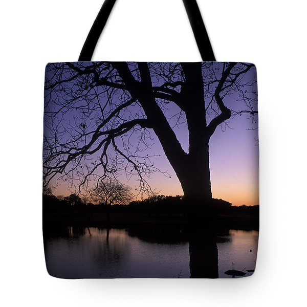 Texas Sunset On The Lake Tote Bag by Kathy Yates