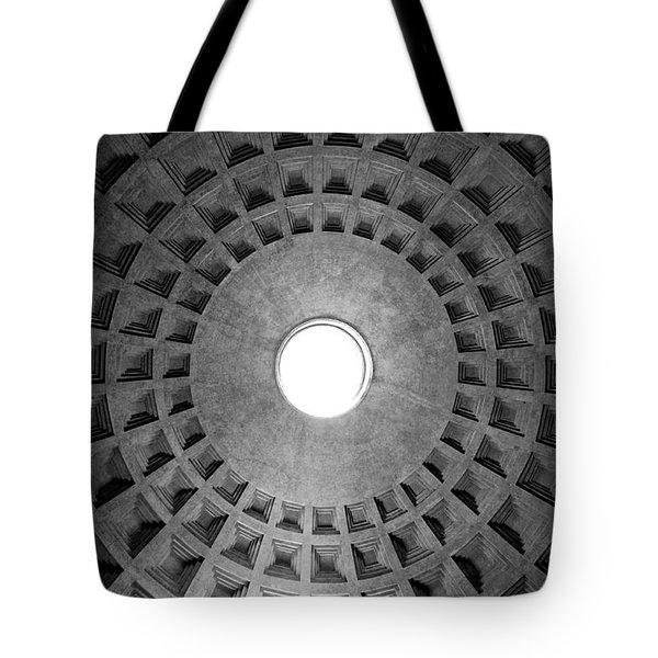 The oculus Tote Bag by Fabrizio Troiani