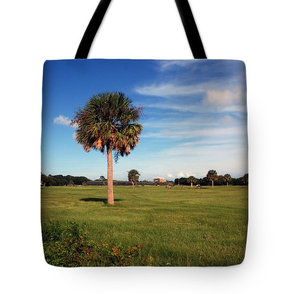 The Palmetto Tree Tote Bag by Susanne Van Hulst