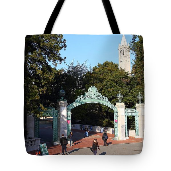 Uc Berkeley . Sproul Plaza . Sather Gate And Sather Tower Campanile . 7d10025 Tote Bag by Wingsdomain Art and Photography