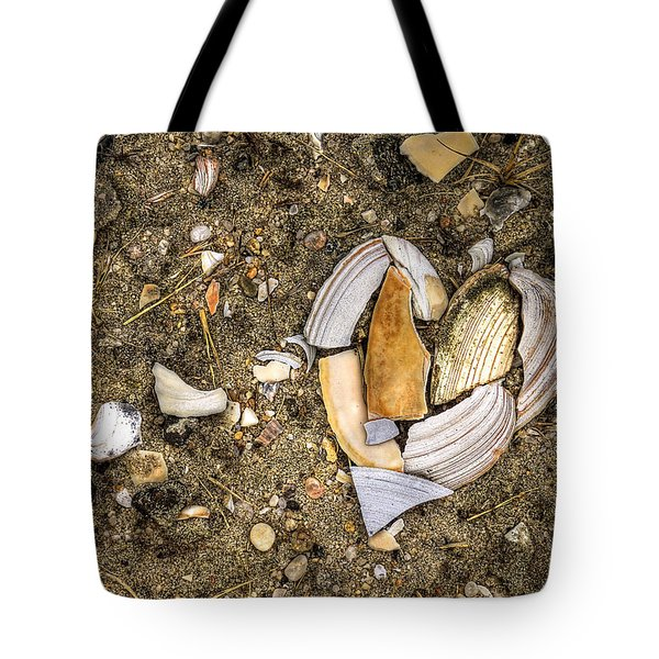 Unbreak My Heart Tote Bag by Evelina Kremsdorf
