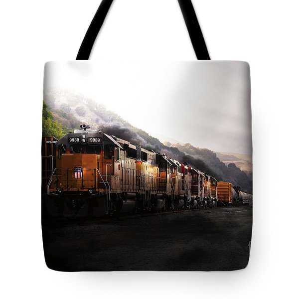 Union Pacific Locomotive At Sunrise . 7d10561 Tote Bag by Wingsdomain Art and Photography