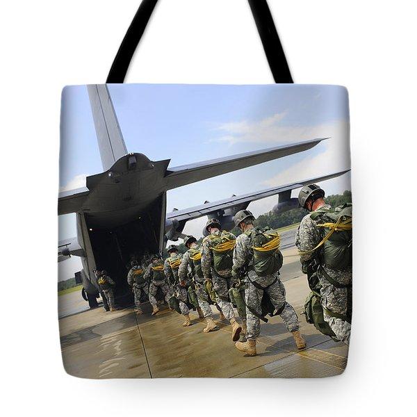 U.s. Army Rangers Board A U.s. Air Tote Bag by Stocktrek Images