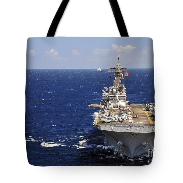 Uss Boxer Leads A Convoy Of Ships Tote Bag by Stocktrek Images