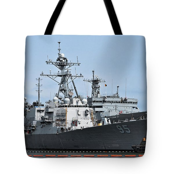 Uss James E. Williams Ddg-95 Tote Bag by Christopher Holmes