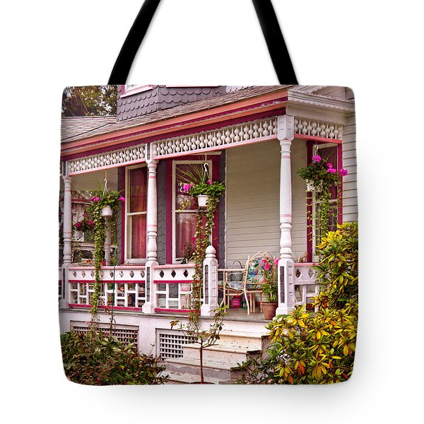Victorian - Belvidere Nj - The Beauty Of Spring Tote Bag by Mike Savad