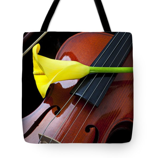 Violin with yellow calla lily Tote Bag by Garry Gay