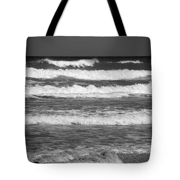Waves 3 In Bw Tote Bag by Susanne Van Hulst