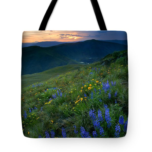 Yakima River Canyon Sunset Tote Bag by Mike  Dawson