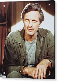 Alan Alda In M*a*s*h  Acrylic Print by Silver Screen