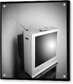 Old Television Acrylic Print by Les Cunliffe